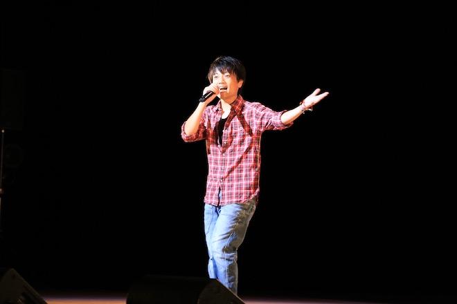 内野さん-2017年8月6日(日)に福岡県の北九州芸術劇場で「北九州アニソンコンテスト2017」が開催されました。その様子をフォトレポートでお届けします。