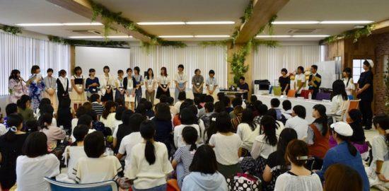 2017年8月26日(土)にアカツキ 福岡オフィスで声優などを志望する人を対象とした公開オーディションが開催されました。その様子をお届けします。