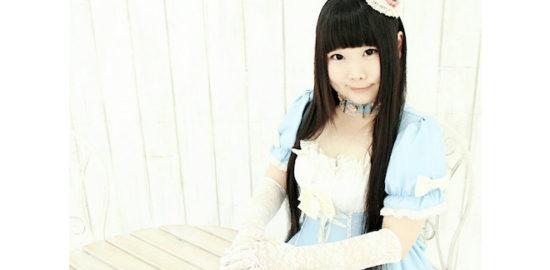 福岡の歌う助産師、溝野かなたさんは【歌で力を、話で笑みを】をモットーに、生命を大きなテーマにして溝野かなたさんにしか歌えない曲を歌っています。