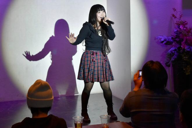 2017年11月16日(木)に福岡県の中洲ゲイツビル7Fにあるル・ジャルダンで「歌姫★ステージ」が開催されます。歌う助産師・溝野かなた
