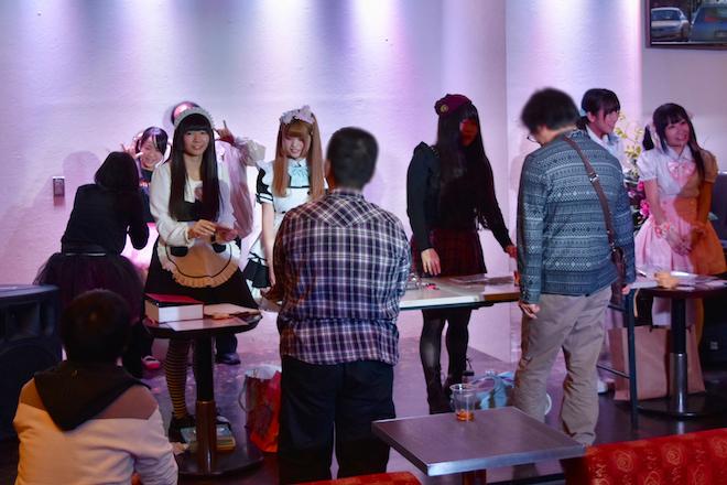 2017年11月16日(木)に福岡県の中洲ゲイツビル7Fにあるル・ジャルダンで「歌姫★ステージ」が開催されます。物販とグリーディング