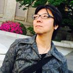 篠崎雄一郎は1983年に株式会社ナムコニグラフィクデザイナーとして入社。「ギャプラス」、「ドルアーガの塔」シリーズ、「グロブダー」などのキャラクター及び販促物デザインを担当。また企画者として、同社のファンタジーボードゲームシリーズや、FC源平討魔伝、ACデンジャラスシードなどの開発に関わる。ナムコ広報誌NG(エヌジー)では、ROCK'N★EDITORの名で編集業なども。以後ゲーム業界諸々にて足跡を残しつつ、現在はイラストレーター、キャラクターデザイナー、パズル作家としての活動を行なっている。