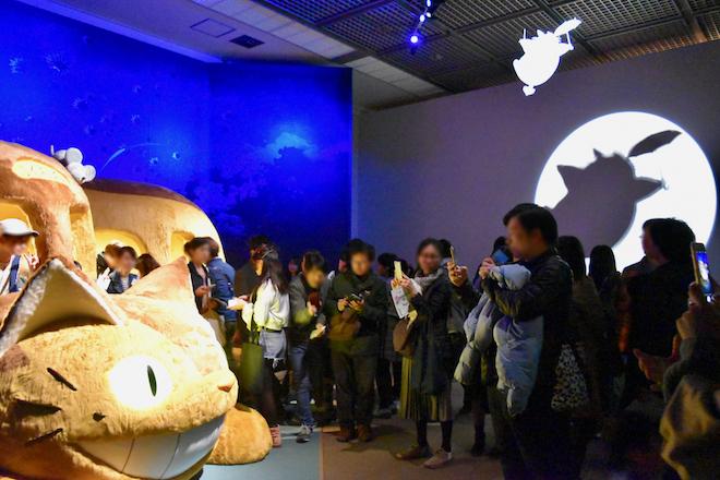 2019年3月15日(金)から福岡県の福岡市博物館で開催中の「ジブリの大博覧会」では、猫バスに乗って記念撮影ができます。