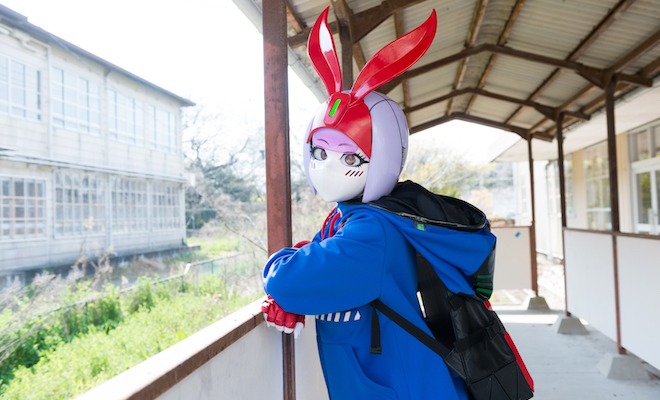 兎月つかさは、福岡市の天神ポケットというライブハウスを拠点に活動するヒロインキャラクター