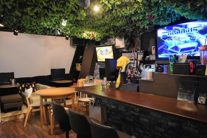 2019年7月25日(木)に福岡市の天神北エリアでeSportsカフェスペース「8bit FUKUOKA」(エイトビット フクオカ)がオープン。TVゲーム以外にもボードゲーム、人狼など遊べます。