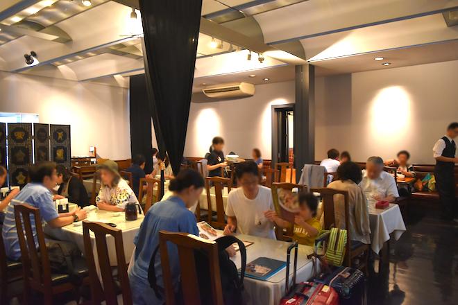2019年9月1日(日)に熊本市にある老舗中華料理店「紅蘭亭 上通パビリオン店」の店内の様子です。
