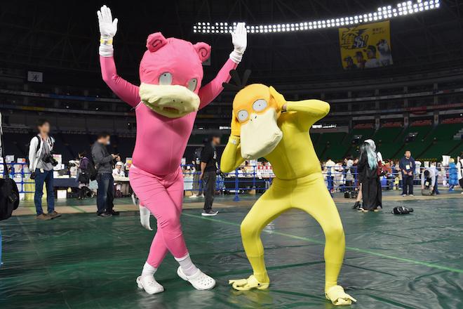 2019年11月4日(月・祝)に福岡市中央区の福岡 ヤフオク!ドームでオールジャンル同人誌即売会「CC福岡50」が開催されました。ポケットモンスターのコスプレイヤーです。