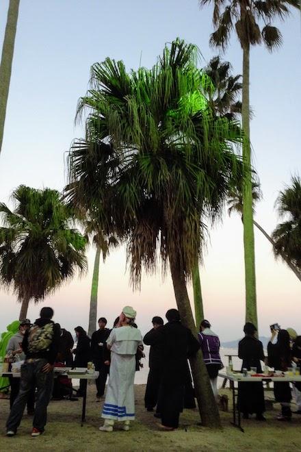 2019年11月16日(土)に福岡市西区の能古島キャンプ村・海水浴場でサブカルチャー複合イベント「のこのしまオタフェスト」が開催されました。サンセットビーチ