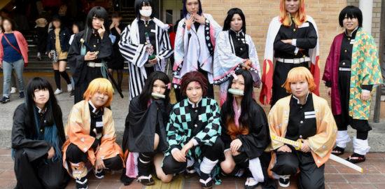 2019年11月3日(日・祝)に福岡市南区の西鉄大橋駅西口広場で「大橋ハロウィン&コスプレフェスティバル2019」が開催されました。「鬼滅の刃」合わせです。