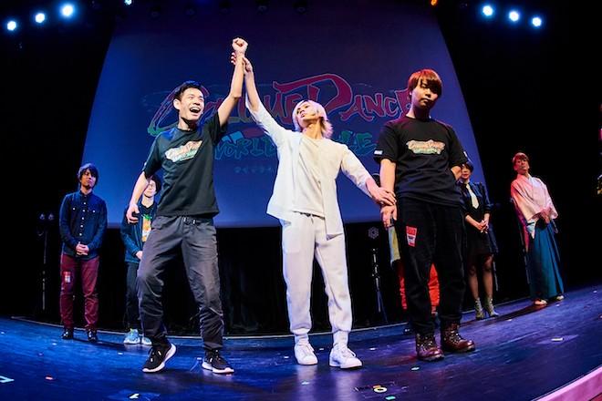 2019年12月22日(日)に東京都千代田区の神田明神ホールで「サイリウム ダンス ワールド バトル 2019 ファイナル」が開催されました。