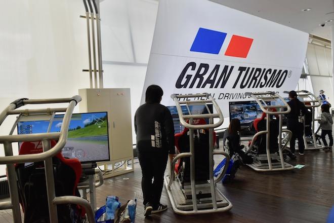 2019年12月20日(金)から12月23日(月)まで福岡市で「福岡モーターショー2019」が開催されます。マリンメッセ福岡会場内の2階にある、「グランツーリスモ」ブースの様子をお届けします。