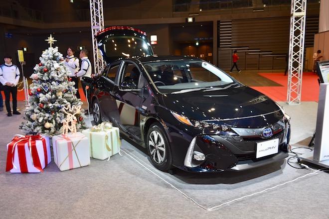2019年12月20日(金)から12月23日(月)まで福岡市で「福岡モーターショー2019」が開催されました。マリンメッセ福岡会場の「トヨタ」ブースの様子をお届けします。