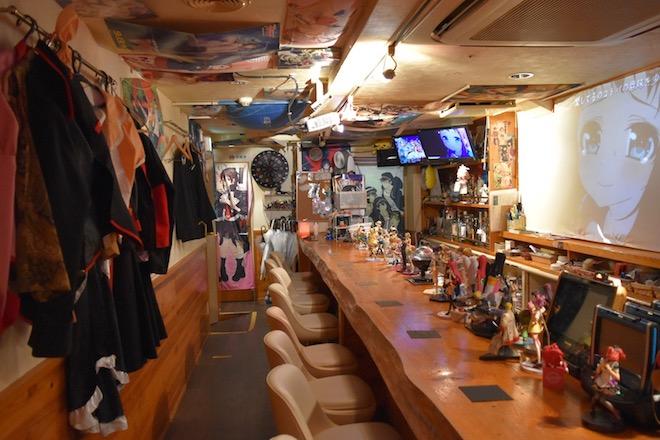 アニソン&ボカロバー「アニ音ヲタFUKU」は福岡市博多区中洲にあります。