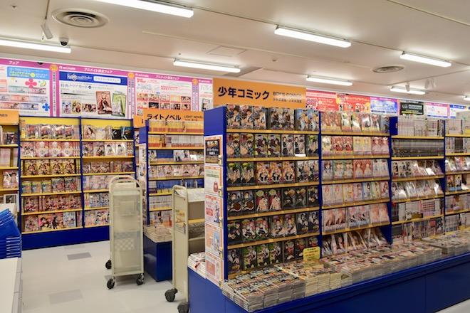 アニメイト福岡パルコの少年コミック、ライトノベルコーナー