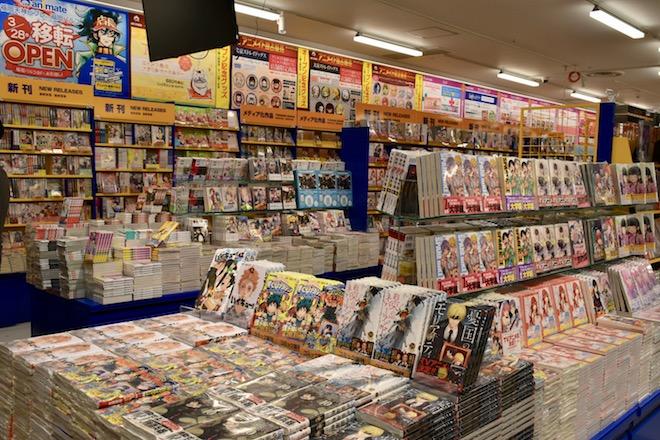 アニメイト福岡パルコのコミックコーナー
