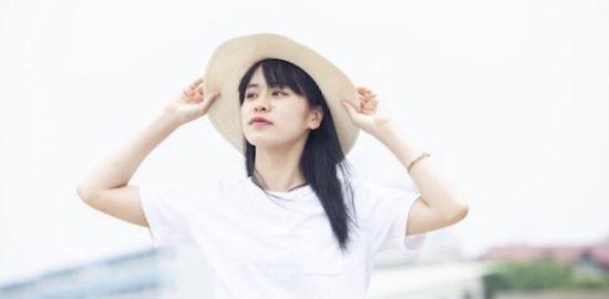 """咲優華(さやか)は福岡県出身。ダンスボーカルユニットBaby-Dの最年少メンバーとして活躍。デビュー1年目からサンセットライブやクリスマスマーケット等と福岡を代表するフェスやイベントに出演。2019年2月に惜しまれながら解散。その後、ソロアーティストとして活動。ヤフオクドームで行われたFUKUOKA MUSIC FES次世代ステージに出演を果たし、自身初となるMaxi Single """"Brand new day""""を2019年9月にリリース。 またVISION STREET WEARの公式モデルとしても活動中。"""