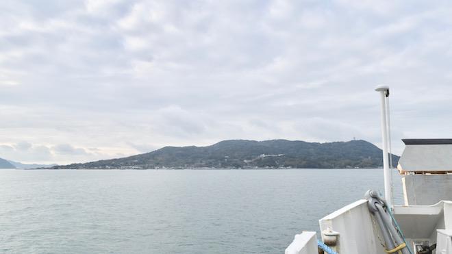 姪浜から能古島へはフェリーで約10分